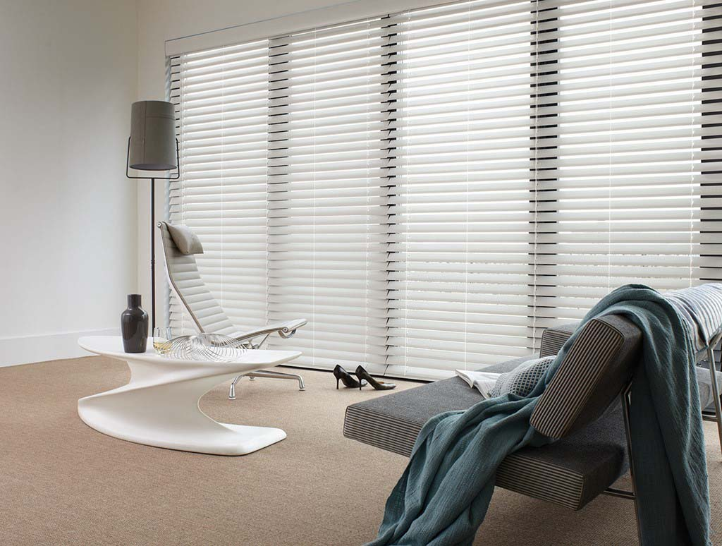Luxaflex Venetian Wood Essence Beyond Wood blinds