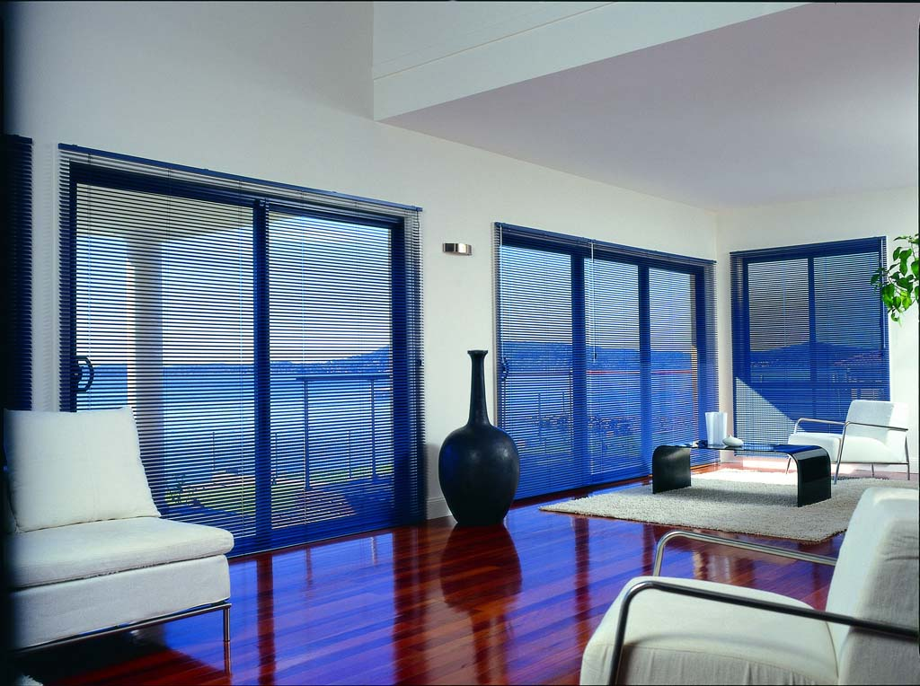 Blue aluminium Ventian blinds