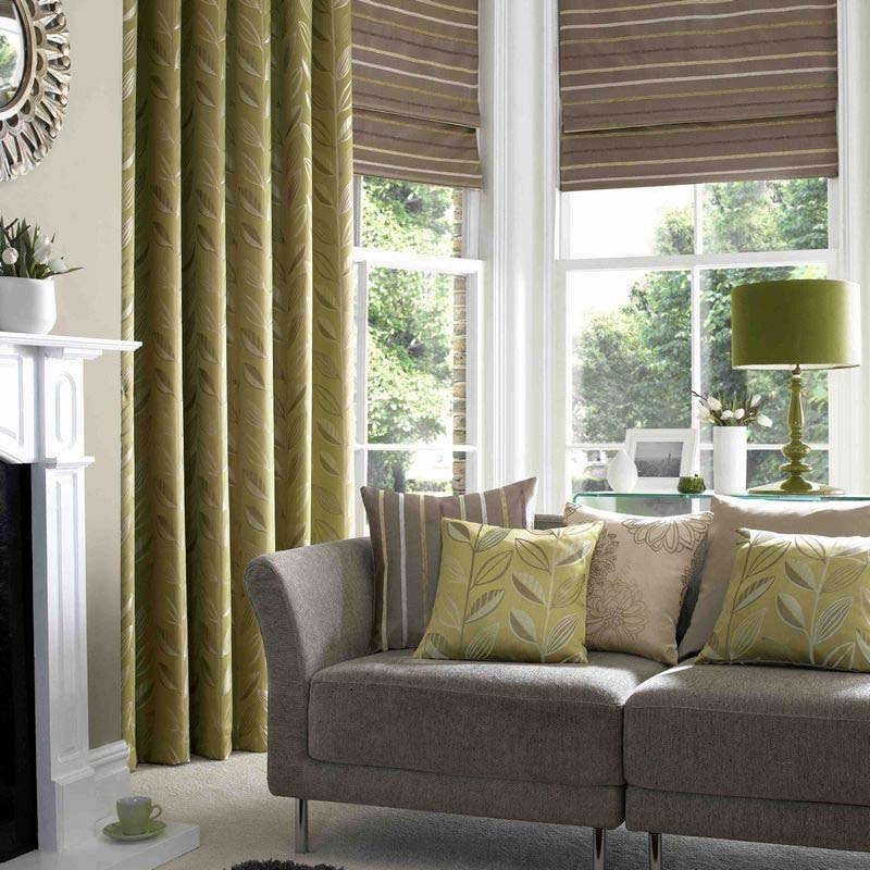 Green s-fold curtains lounge area