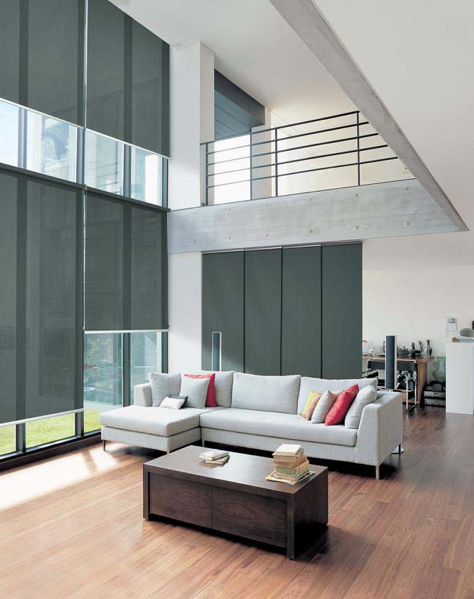 Roller blinds, motorised with qmotion technology