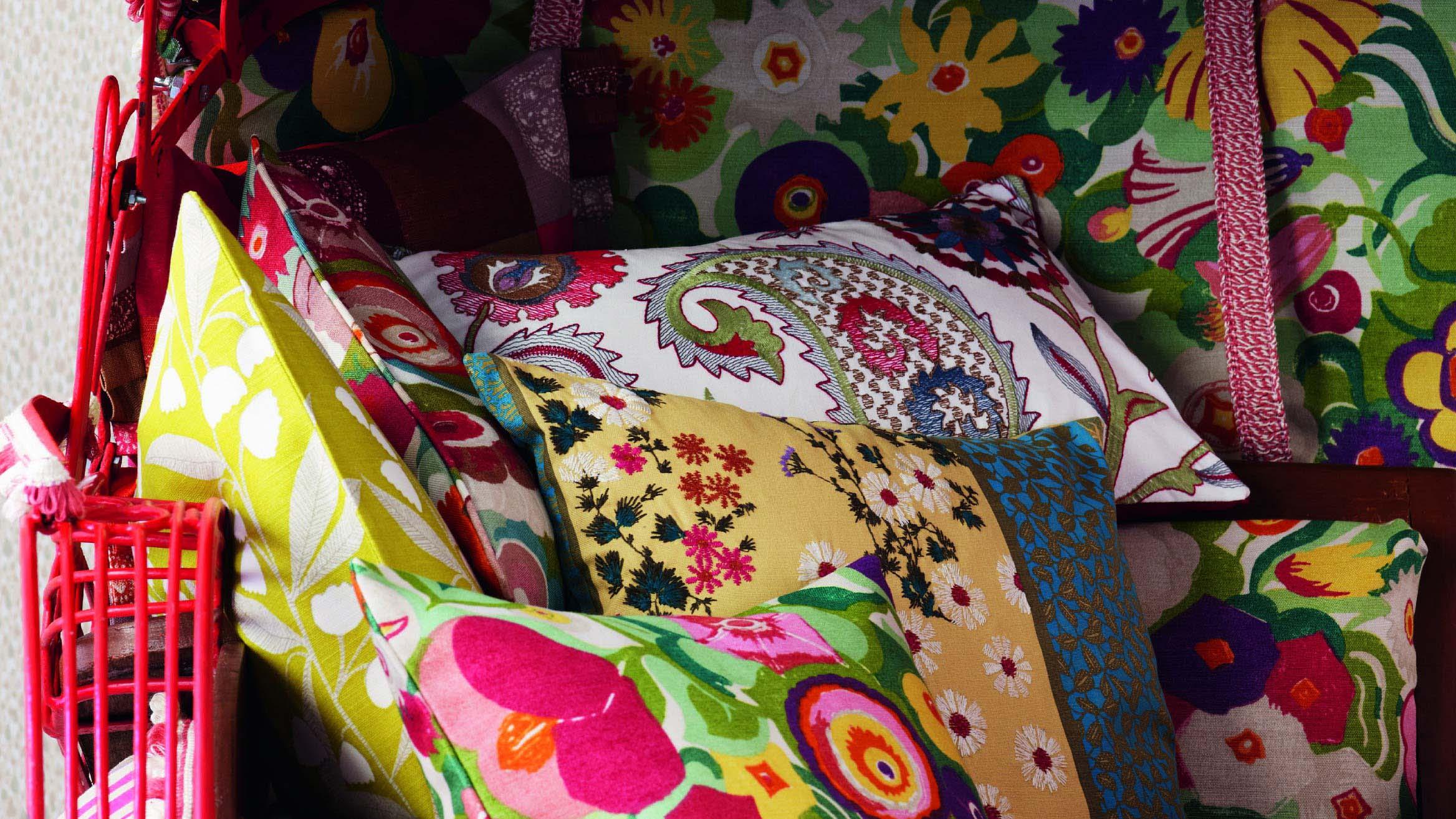 Cushion accessories