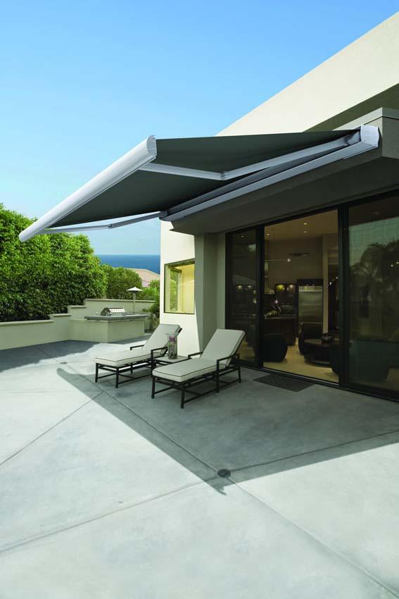Luxaflex Como outdoor awnings open