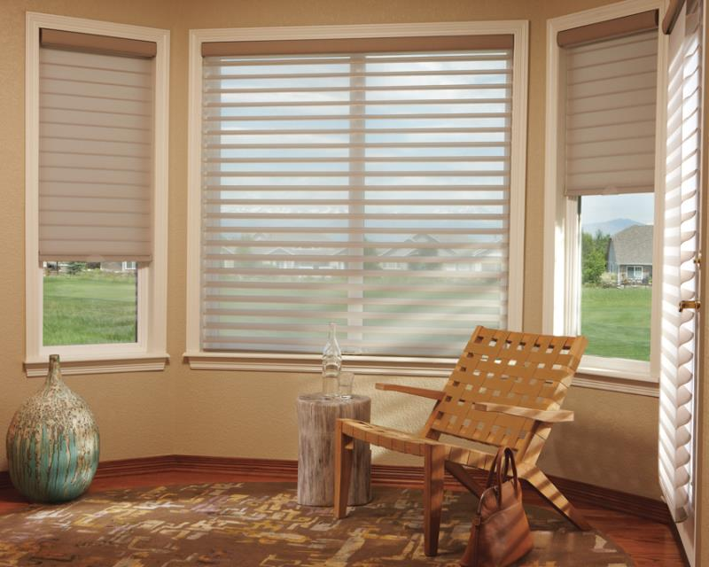 Luxaflex SoftShades Silhouette Shadings lounge room