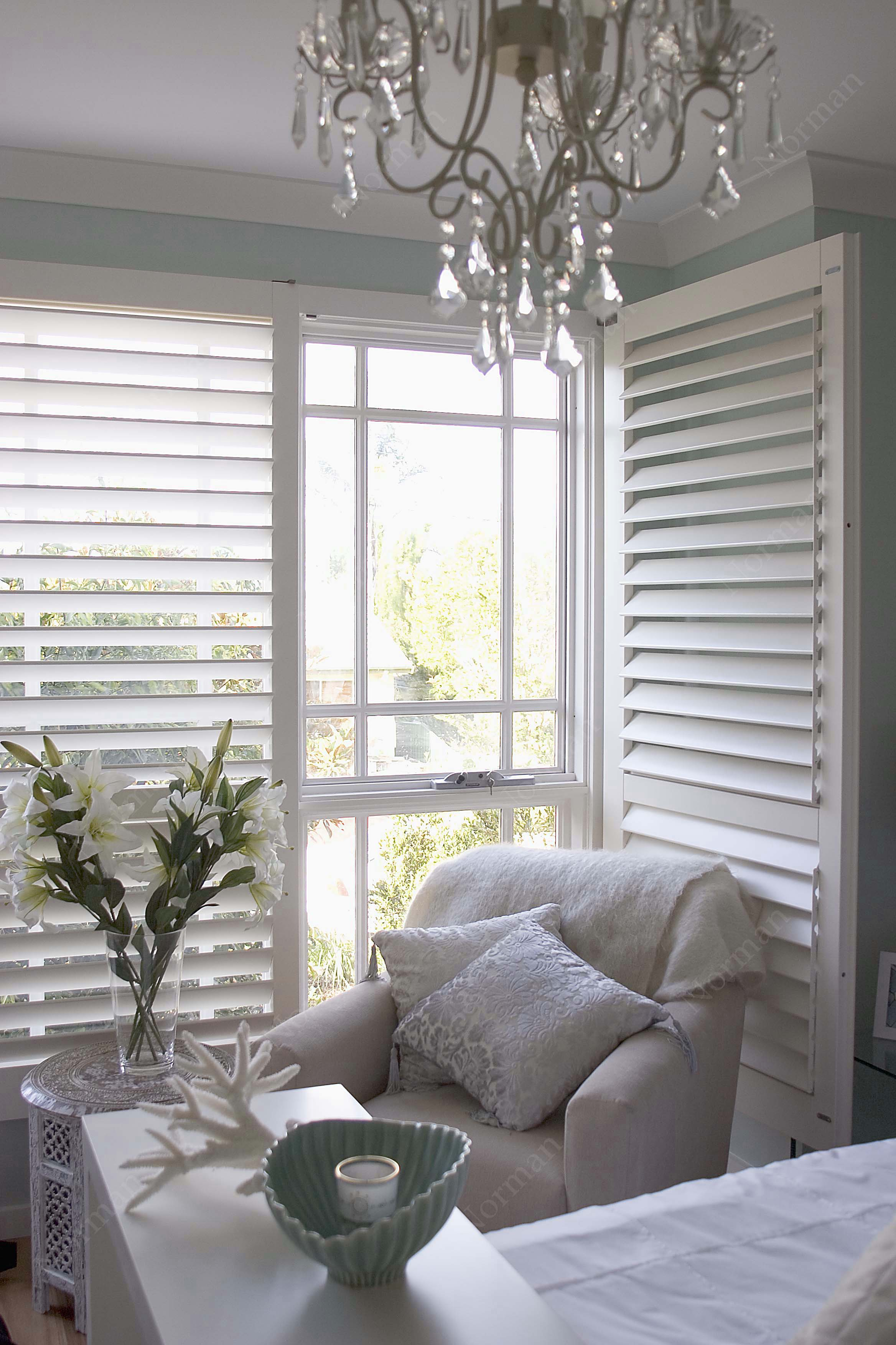 Indoor shutters in the corner