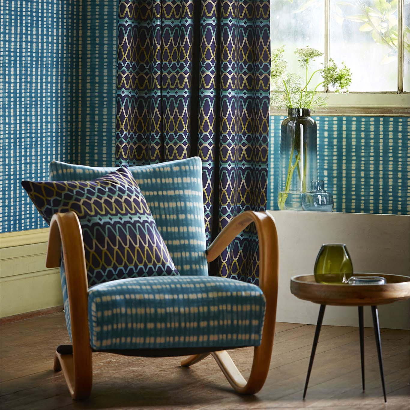 Upholstery chair and cushions